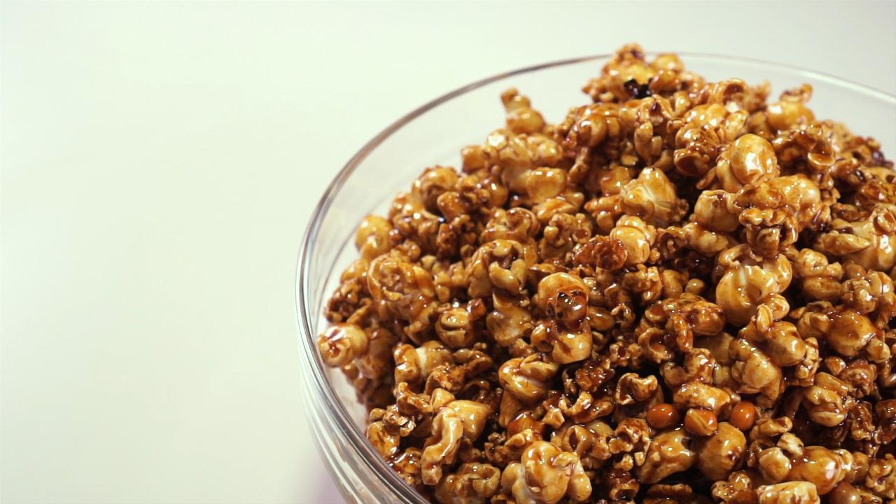 popcorn gula merah