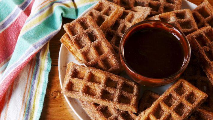 cara membuat waffle - churro waffle